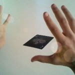 Трюк левитация карты и его секрет