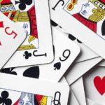 Простой карточный фокус «Живая карта»