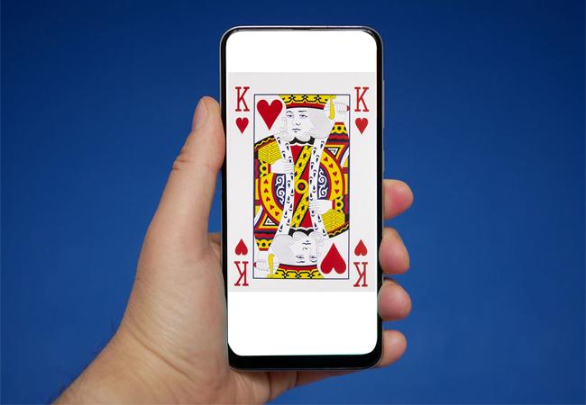 фокус с картой и телефоном